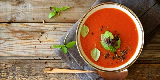 Brokolili domates çorbası